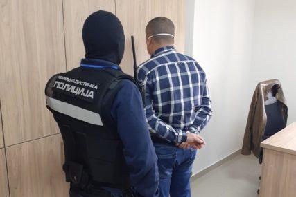 Pet i po godina zatvora i novčana kazna: Poreski inspektori osuđeni zbog uzimanja mita