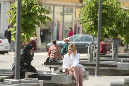 RASTE BROJ NOVOZARAŽENIH U BiH U kafićima svakodnevno gužve, inspektorima PUNE RUKE POSLA