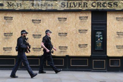 """""""Nismo znali šta da uradimo sa TOLIKIM PARAMA"""" Policija otkrila 5,8 miliona evra u stanu u Londonu"""