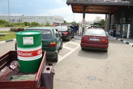 RASTU ZALIHE Cijene nafte u svijetu u padu