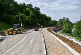 NOVA DIONICA PUTA Završni sloj asfalta u Priječanima za 15 dana
