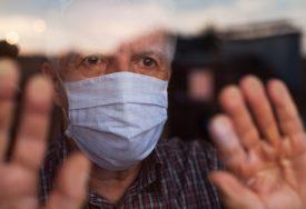 NEMA TAJNE FORMULE ZA VIRUS Glavni američki epidemiolog: Nošenje maski nije savršeno, ali POMAŽE