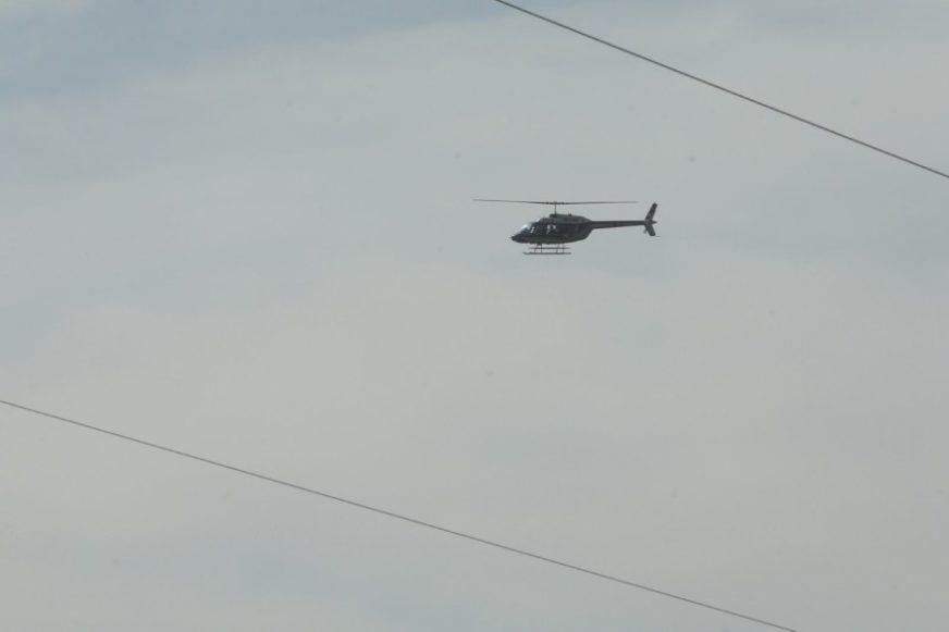 Tri osobe na mjestu mrtve: U padu helikoptera u SAD poginula dva pilota i jedan putnik, letjelica se srušila u šumskom području