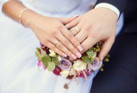 MLADA POZITIVNA NA KORONU Došli na svadbu, pa završili U KARANTINU
