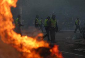 AMERIKA U PLAMENU Zbog haosa na ulicama uvedeno vanredno stanje (VIDEO)