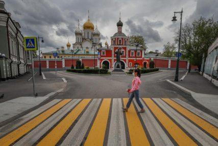 VRTOGLAVE BROJKE IZ RUSIJE U prethnodna 24 časa zaraženo 10.598 osoba, a 113 ljudi umrlo