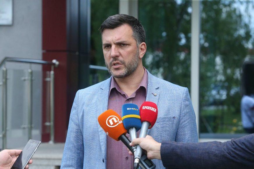 GUBITNIK DANA Aleksandar Zolak