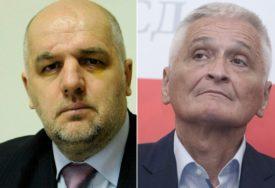 AMERIKA IH KAŽNJAVA, A MI NE Sve više političara iz BiH zbog korupcije na udaru SAD