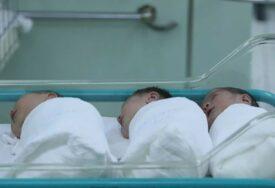 ROĐENO OSAM BEBA Banjaluka bogatija za po četiri djevojčice i dječaka