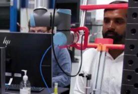 PODVIG U DANSKOJNapravili prototip ROBOTA ZA UZIMANJE BRISEVA tokom testiranja na korona virus