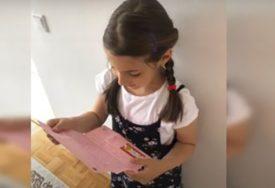 DIVAN GEST Učiteljica svoje prvačiće obradovala pismima za kraj školske godine (VIDEO)