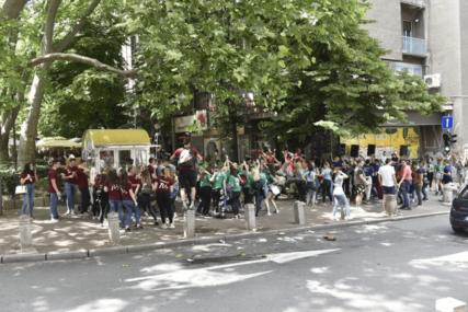"""""""Nepoštovanje mjera biće kažnjeno"""" Gradski štab u Bijeljini apelovao da se maturanti ne okupljaju"""