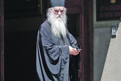 """MITROPOLIT AMFILOHIJE PORUČIO """"Crkva nikome nije koalicioni partner ni politički protivnik"""""""