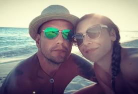 """""""BEBA NAPREDUJE, A U NAŠ STAN NE MOGU DA UĐEM"""" Potresna ispovijest supruga tragično preminule Bobane (30)"""