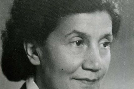 PRIČA DOBILA POTPUNI OBRT Poezija Desanke Maksimović ipak OSTAJE u školskom programu