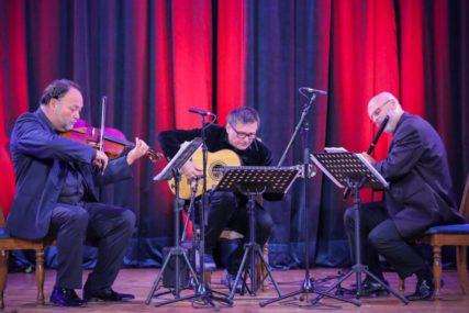 Koncertom Edin Karamazov tria Banski dvor završava seriju onlajn emitovanja