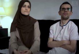 Priča bračnog para zbog koje SUZE SAME TEKU: Nakon 12 godina NOSANJA konačno dobili lift (VIDEO)