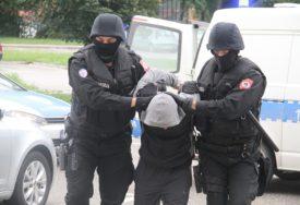 ZA JEDNU NOĆ OPLJAČKAO LOKAL I KUĆU Policija uhapsila lopova iz Srpca