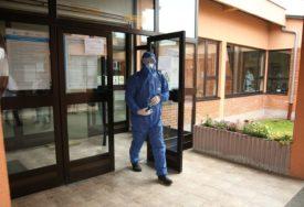 KORONA STIGLA SA PRAZNICIMA Kostajnica novo žarište, 26 zaraženih, troje u TEŠKOM STANJU