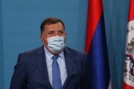 """""""OSTAĆE UPAMĆEN KAO VELIKI PATRIOTA"""" Dodik uputio saučešće porodici  pukovnika Beronje"""
