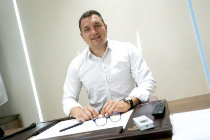 REKONSTRUKCIJA SAVJETA MINISTARA Poznato kada će predstavnički dom BiH glasati o smjeni Lučića