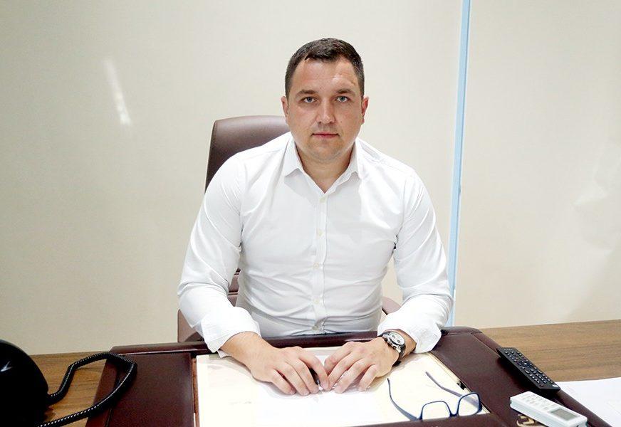 """""""Izgubiće pristup kući ako kroz njihovo dvorište bude izgrađen javni put"""" Lučić pozvao nadležne da zaštite imovinu porodice Kovačić"""
