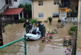 BUJICE NAPRAVILE HAOS Mještani ovog sela evakuisani USRED NOĆI, rijeke oštetile MOSTOVE