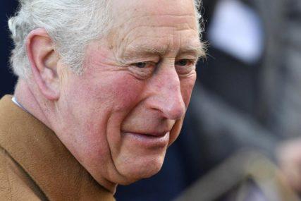 PRVA POSJETA UŽIVO OD POČETKA PANDEMIJE Britanska kraljevska porodica se vraća na posao