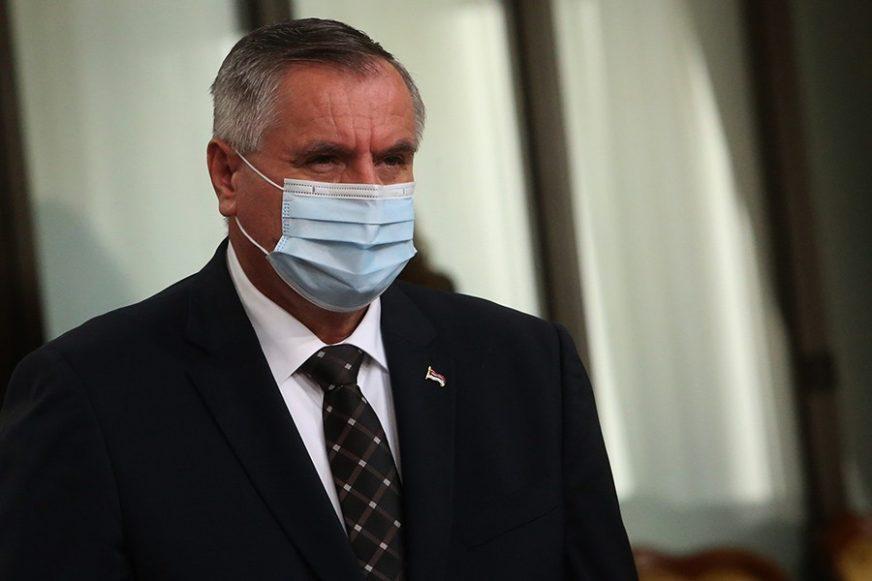 """VIŠKOVIĆ O ŠIRENJU KORONA VIRUSA """"Sve više klastera sa privatnih žurki"""""""