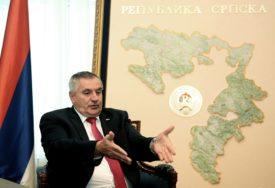 """""""ZLURADI KOMENTARI POLITIČKOG SARAJEVA"""" Višković poručuje da Srpska i Srbija vode politiku mira"""