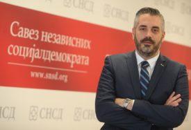 "Rajčević odgovorio Stanivukoviću ""Sa eBebom je sve u redu, a ti gradonačelniče na pos'o!"""