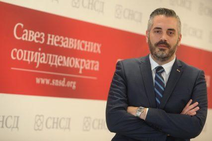 """""""Padobrance dočekala CRVENA FURIJA"""" Rajčevićeva reakcija na rezultate izbora u Doboju i Srebrenici"""
