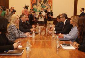 SASTANAK U PREDSJEDNIŠTVU SRBIJE Vučić se susreo sa Dodikom, Cvijanovićevom i Viškovićem