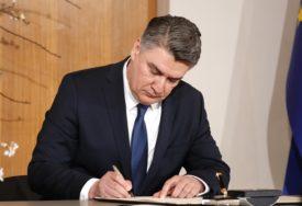 """""""LJUDI ĆE DA POLUDE OD KORONE"""" Milanović o plasiranju informacija o virusu"""