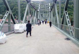 """""""UVEZATI DVA ZVORNIKA"""" Integrisanim prelazom na starom mostu do bolje turističke ponude"""