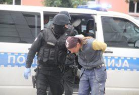 """PALI U AKCIJI """"JEZERO 2"""" Oduzeta droga, osumnjičenu četvorku saslušava tužilac"""