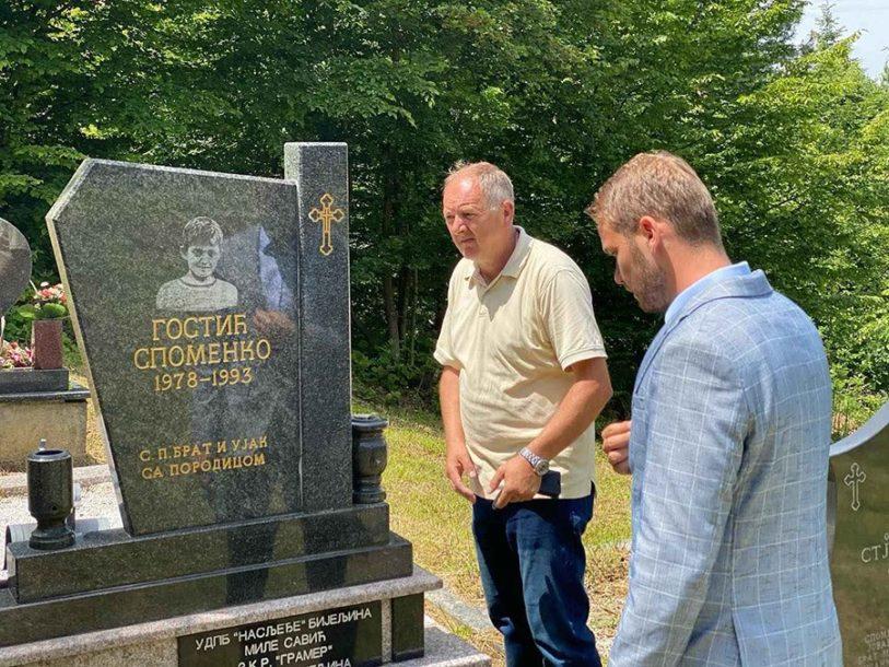 NA GROBU HEROJA Stanivuković: Spomenko postao simbol požrtvovanosti i ljubavi prema otadžbini