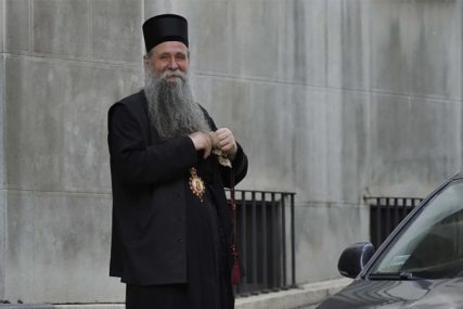 """""""Bez sloge i jedinstva ne možemo napred"""" Joanikije nakon što je izabran od strane SPC da naslijedi mitropolita Amfilohija"""