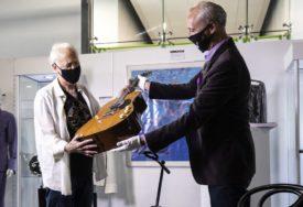 Gitara Kurta Kobeina prodana za ŠEST MILIONA DOLARA
