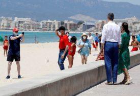NOVA ŽARIŠTA U ŠPANIJI Zbog velikih gužvi strahuju od drugog talasa, zatvaraju se noćni klubovi