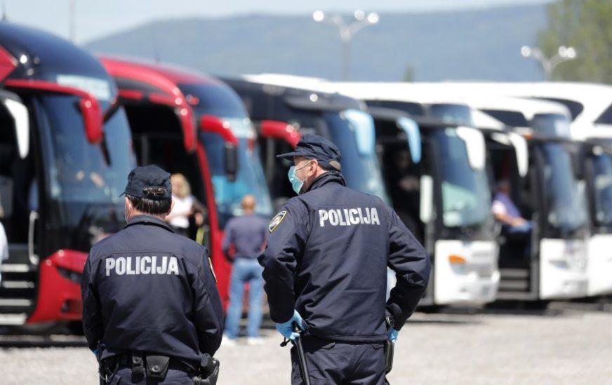 OBAVEZNA IZOLACIJA PO DOLASKU Hrvatska danas odlučuje o mjerama za državljane BiH i Srbije