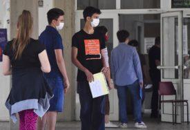 ISTRAŽIVANJE OTKRIVA Osobe mlađe od 20 godina DUPLO MANJE podložne obolijevanju od korona virusa