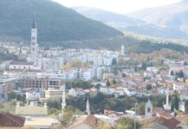 LOKALNI IZBORI U MOSTARU Pravo na glasanje van BiH ima 3.974 BIRAČA