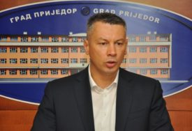 """NEŠIĆ PORUČUJE """"Trebinje srpski grad u koji su SVI DOBRODOŠLI"""""""