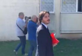 """Novi gradonačelnik Budve nosi """"roleks"""" od 8.000 evra, Đukanovića poredi sa SVETIM PETROM"""
