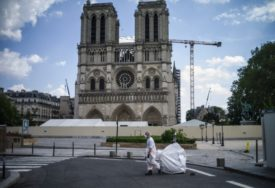 NAKON PAUZE ZBOG KORONE Nastavljena obnova katedrale Notr Dama