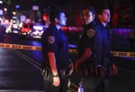 POLICAJCI OTROVANI IZBJELJIVAČEM Popili šejk u poznatom restoranu, pa ZAVRŠILI U BOLNICI