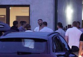VELJKU PONOVO POCIJEPALI MAJICU Veselje kakvo Bogdanino rodno mjesto ne pamti (VIDEO)