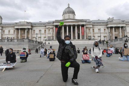 """""""RASIZAM JE VIRUS"""" Hiljade ljudi i danas protestuje u centru Londona"""
