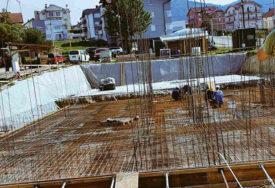 ZGRADA ZA IZBJEGLE I RASELJENE Izgradnja socijalnih stanova u naselju Ada za 400 dana (FOTO)